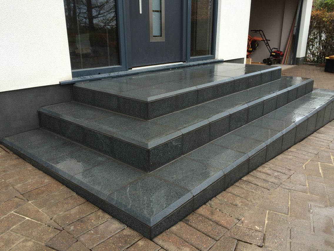 Building And Installation A Granite Stairs